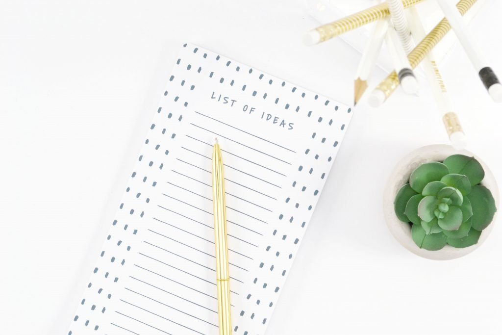 A blog all about freelance writing, blogging, and social media management. Check out The Quiet Type for tips and tricks, book reviews, and how to be your own boss! #freelancewriting #blogging #workfromhome