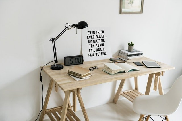 Check out The Quiet Type for tips on freelance writing, blogging, working from, and creative entrepreneurship.