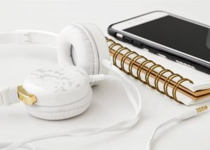 15 Podcasts to Help Freelance Writers & Entrepreneurs Grow Their Business